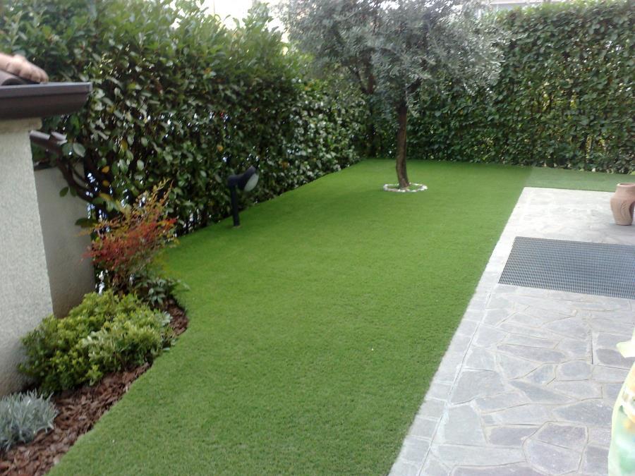 Gallery lavori svolti panebianco giardini sas for Realizzazione giardini privati